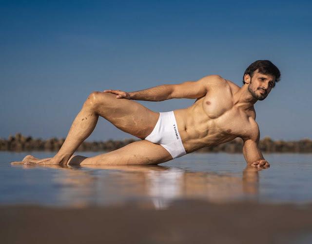 Travel underwear for men